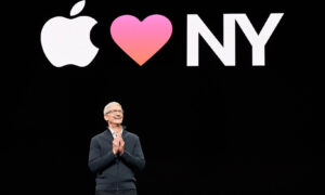 Tim Cook calls on business and politics to joint efforts against climate change