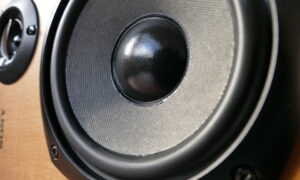 Professor Anthony Holland: Sound frequencies can kill cancer