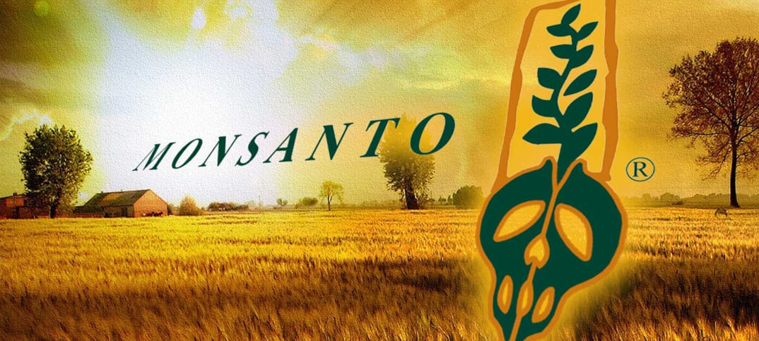 Monsanto cooperates with US officials